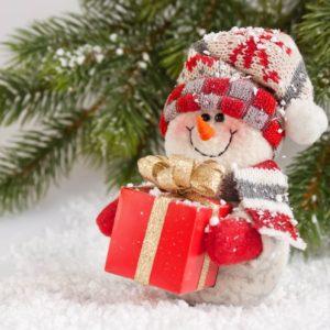 Новогодние товары и подарки